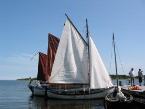 Med träbåtar på Ö Hästholmen @ Mårtenssons Båtbyggeri